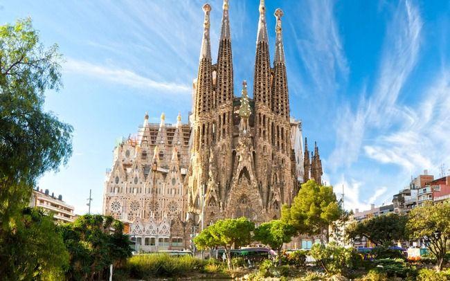サグラダ・ファミリア 建築許可 違法建築 スペインに関連した画像-01