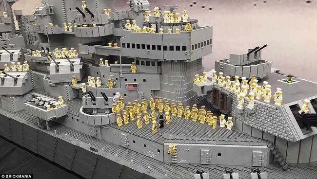 LEGO-BATTLESHIP-Missouri_09