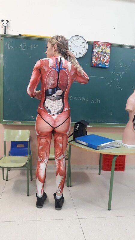 理系教師コスプレ授業に関連した画像-04