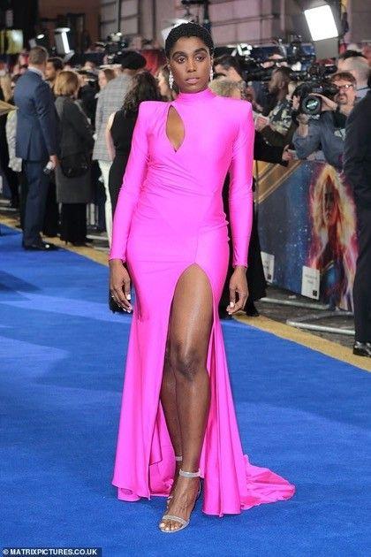 ジェームズ・ボンド 映画 007 黒人女性 起用に関連した画像-03