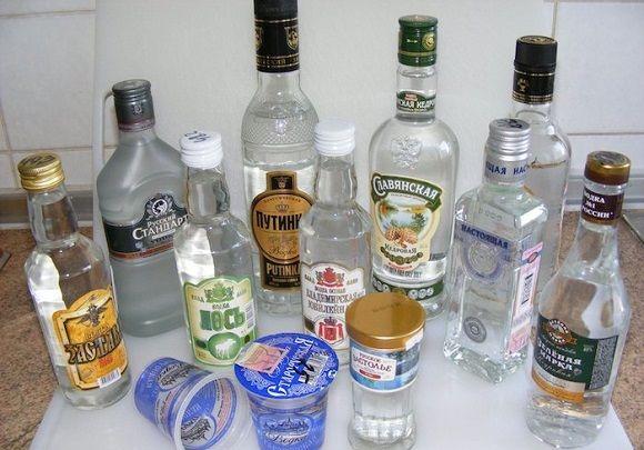 【中毒】ウォッカの最低小売価格が2倍になったロシア、代わりにアルコール入りの「入浴剤」を飲む人が増加→死者大量で社会問題に