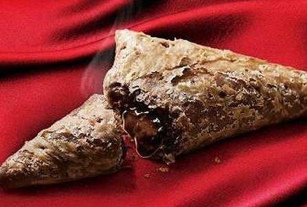 三角チョコパイに関連した画像-01
