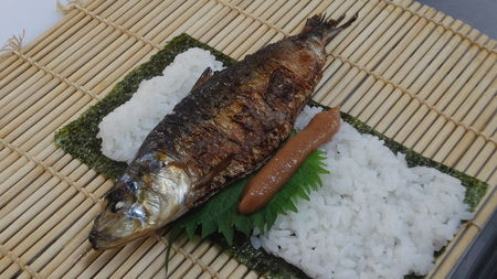恵方巻き くら寿司 まるごといわし巻に関連した画像-04