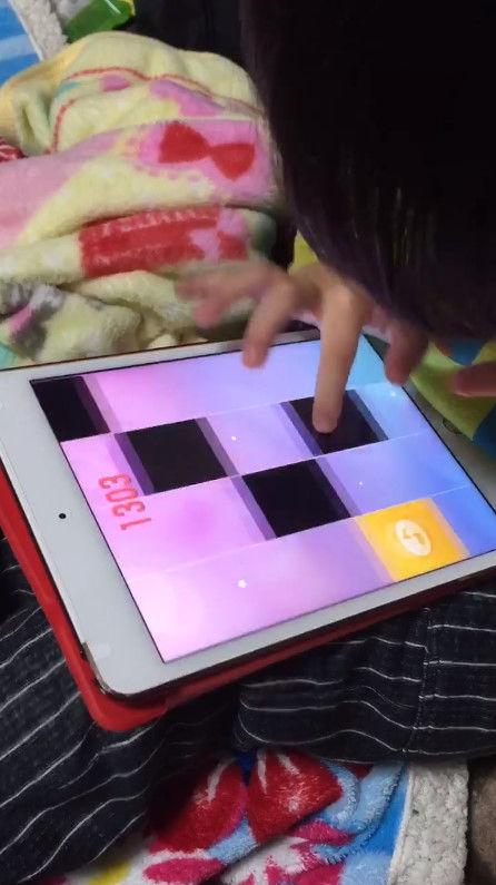 音ゲー 4歳 天才 指に関連した画像-05