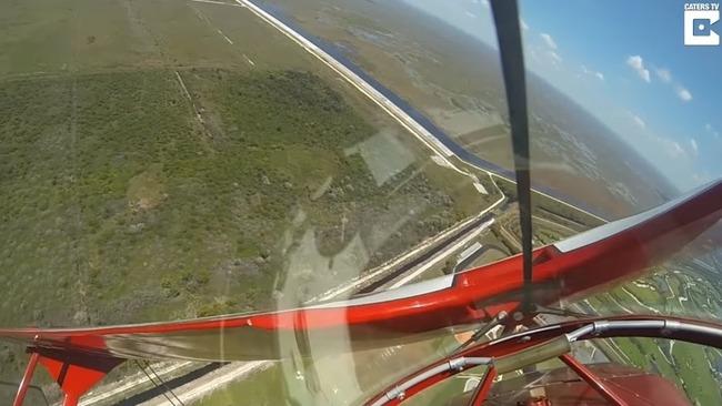 飛行中 エンジン停止 動画に関連した画像-06