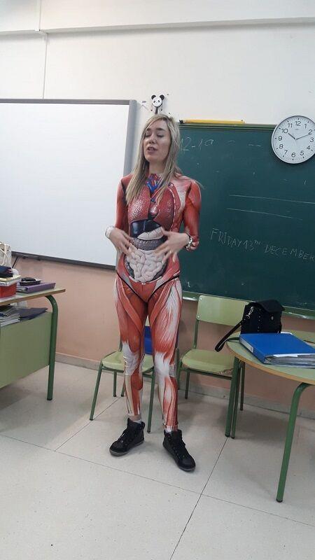 理系教師コスプレ授業に関連した画像-03