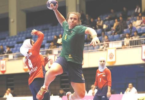 【波紋】女子ハンドボール・アジア選手権、性転換した元男子選手が世界選手権への出場権を獲得 身長は189cm