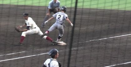 【大炎上】甲子園で相手一塁手の足を蹴った仙台育英の捕手が本日スタメン落ち、監督の指示でSNSも閉鎖へ→そして仙台育英敗退