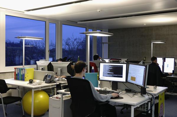 206_F4_office
