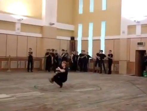 ダンサー コサックダンス 究極に関連した画像-02