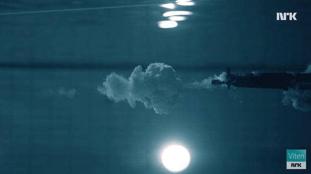 プール 科学者 マッドサイエンティスト 銃 実験に関連した画像-11