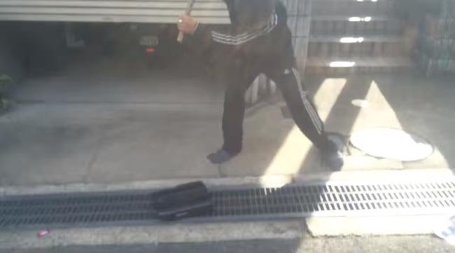 PS4 破壊 親父 ハンマー たむちんに関連した画像-07