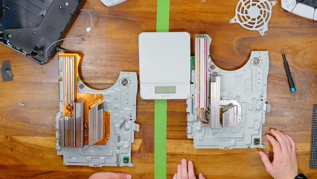 PS5 新型 旧型 冷却部 ヒートシンク 小型化 静音性に関連した画像-03