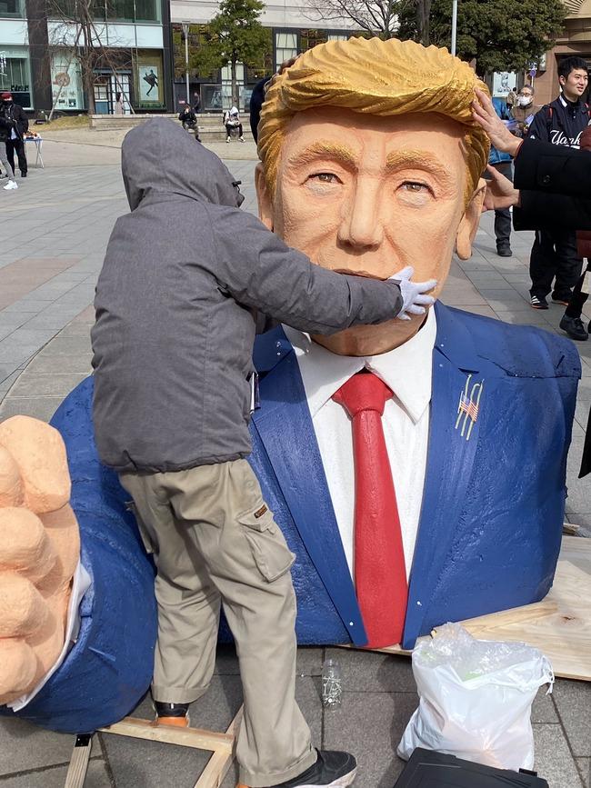 トランプ大統領 支持者 デモ行進 福岡 米大統領 日本 陰謀論に関連した画像-14