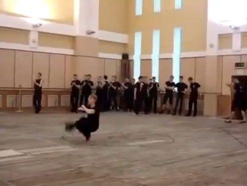 ダンサー コサックダンス 究極に関連した画像-03