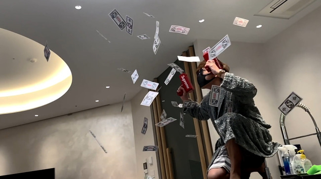 ヒカキン メイウェザー シュプリーム 金 ばら撒くに関連した画像-07