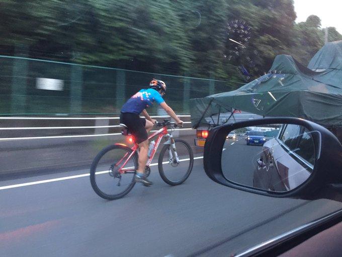 自転車 スリップストリーム ロードバイク マナー 事故 交通ルールに関連した画像-02