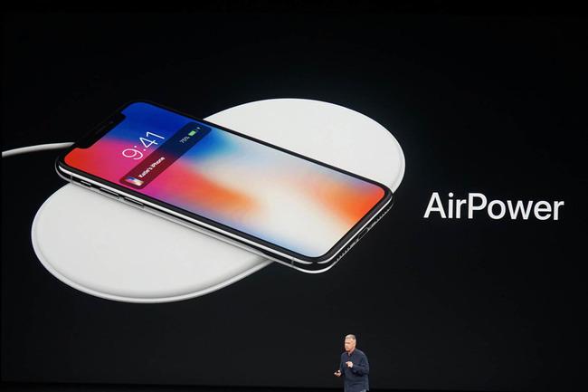 iPhone 充電 ワイヤレス 有線 ワイヤードに関連した画像-01