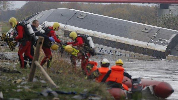 フランス 高速鉄道 脱線に関連した画像-01