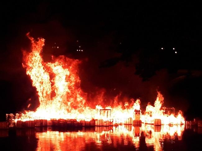 ポプテピピック 灯篭流し 炎上に関連した画像-08