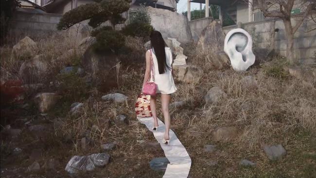 ハイブランド ヴァレンティノ koki 着物 帯 尻に敷く ヒール 踏みつけに関連した画像-04