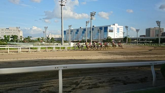 夏コミ 売上 全財産 競馬に関連した画像-03