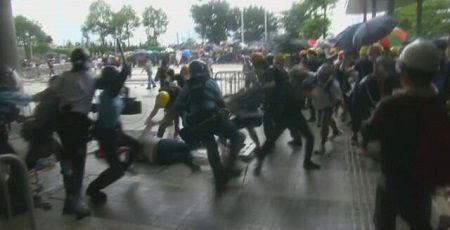 香港 デモ 中国 容疑者 引き渡し 改正案 延期 審議に関連した画像-01