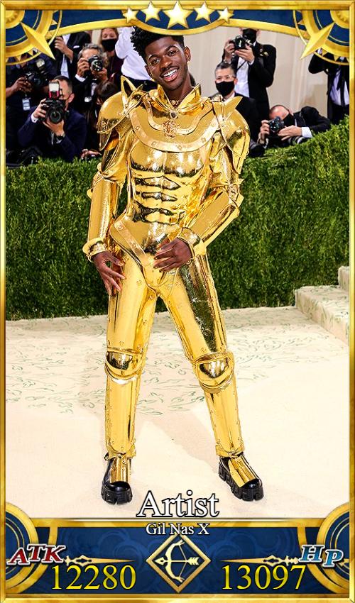 アメリカ ラッパー リルナズX LilNasX 黄金 金ピカ 甲冑 Fate ギルガメッシュ ファッションショーに関連した画像-03