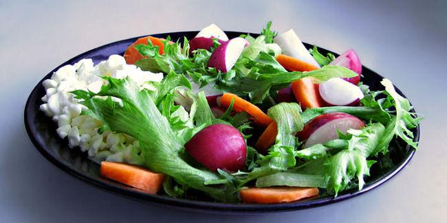 菜食主義者さん、赤ちゃんに生野菜と果物を与え続け最悪の結末を迎えてしまう・・・