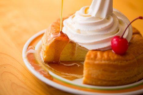 【美味そう】「コメダ珈琲」の名物メニュー・シロノワールが『パイの実』とコラボ! シロノワール味が全国で8月から発売wwwww