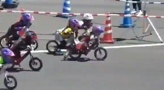 ランニングバイク レース ガチに関連した画像-04