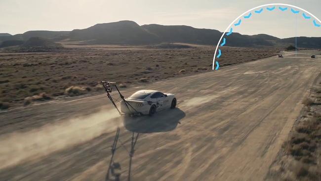 ゲーマー プロドライバー レースゲーム 後方視点 実車 再現 勝負に関連した画像-09