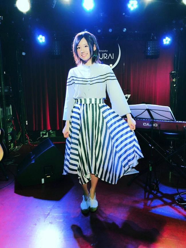 高橋李依 声優 からかい上手の高木さん ヒロイン 衣装に関連した画像-06
