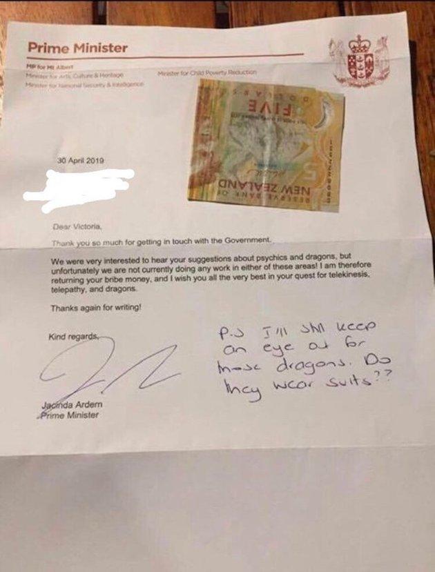 少女 首相 ニュージーランド 手紙 賄賂 ドラゴン 超能力に関連した画像-03