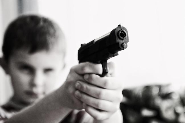 アメリカ 銃社会 子供に関連した画像-01