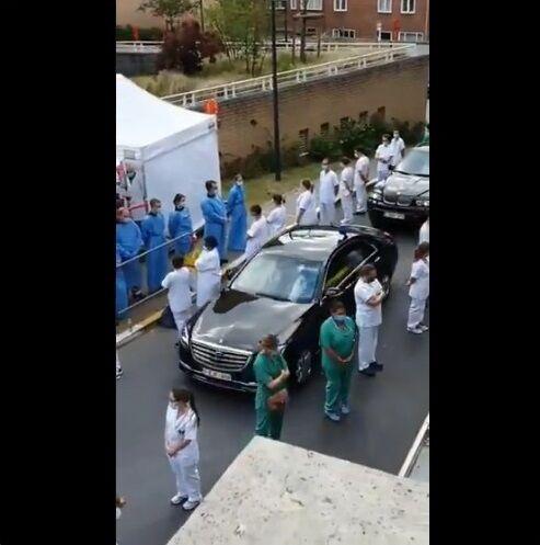 ベルギー ウィルメス首相 病院視察 医療従事者 抗議に関連した画像-03