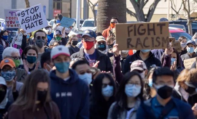 ニューヨークでアジア人へのヘイトクライムに抗議する集会が開かれた模様!YLMデモくるー!?
