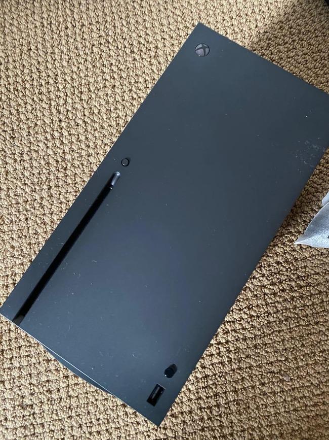 XboxSX マイクロソフト 次世代機 試作機 流出に関連した画像-02