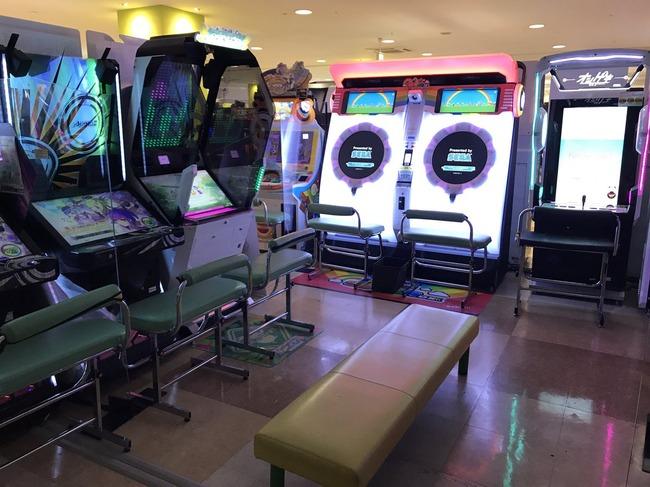ゲーセン ゲームセンター 音ゲー 椅子 maimaiに関連した画像-03