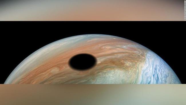 木星 黒い円 に関連した画像-03