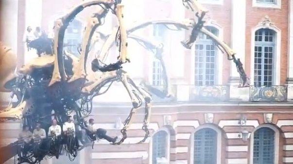 クモ ミノタウロス ロボットに関連した画像-06
