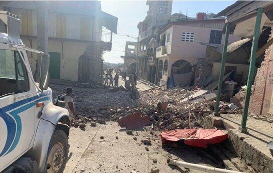 ハイチM7.2地震被害拡大に関連した画像-01