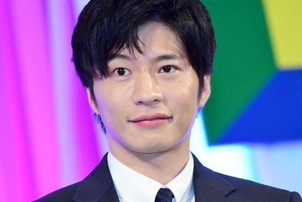 """俳優・田中圭さん、あのゲームにドハマりして""""膝""""をこわしてしまうwwwwww"""