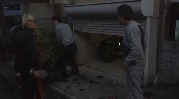PS4 破壊 親父 ハンマー たむちん 逆襲 原付バイクに関連した画像-14