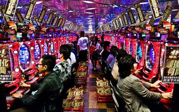 パチンコ店 ゲーセン 低貸 スロット 目押しに関連した画像-01
