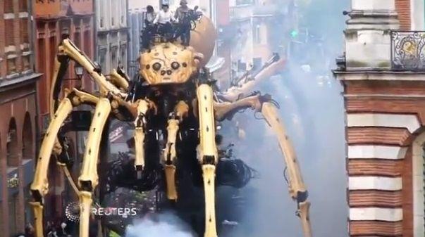 クモ ミノタウロス ロボットに関連した画像-01