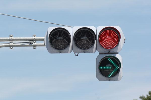 色盲 色覚障害 信号 事故 理解に関連した画像-01