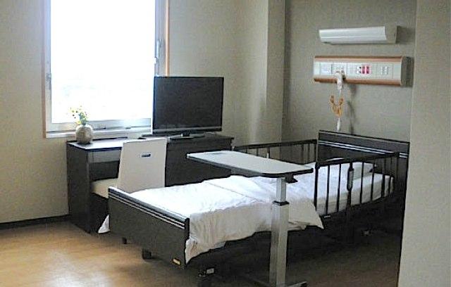 ベッド 昏睡に関連した画像-01