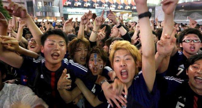 サッカー ワールドカップ W杯 サポーター 仙台 テレビ ヤラセ 仕込み マスコミに関連した画像-01