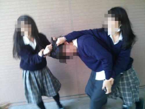 いじめ 逮捕 LINE 動画 中学生 生徒 女子中学生 土下座に関連した画像-01